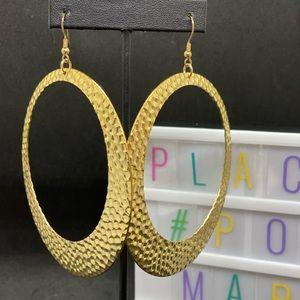 Hoop-Shaped 💫 Earrings